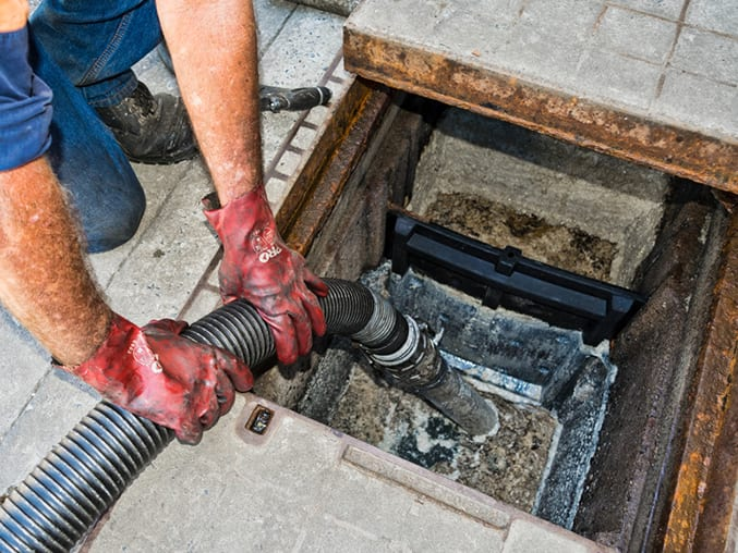 grease trap pumping image .jpeg